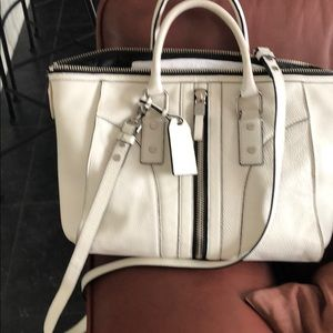 Milly white tote